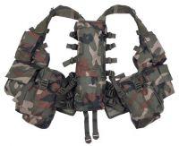 Тактический жилет с различными карманами, камуфляж woodland